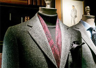 西服定制且看衣人服饰工作服厂家分析